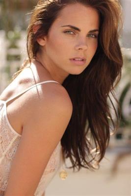 Carlie Sis