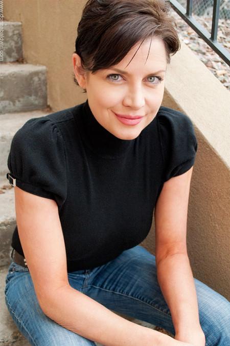 Shari Smith - Female Model - Donna Baldwin Agency-3117
