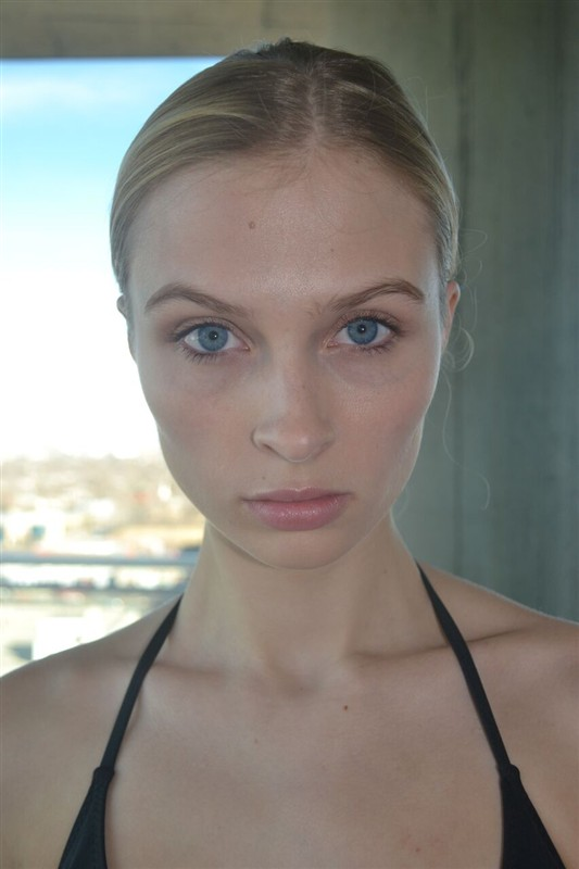 Julia Willetts Nude Photos 26
