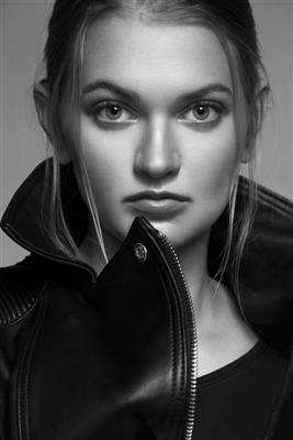 Molly Wyss