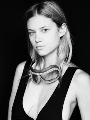 Nicole Lodl